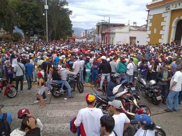 En Mérida también marcharon por un cambio de Gobierno  Foto Twitter