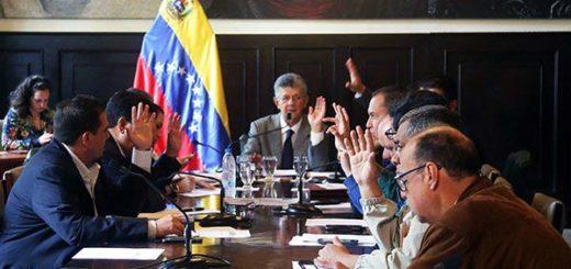 Henry Ramos Allup se reúne con juristas para evaluar sentencias del TSJ contra la Asamblea Nacional |Foto: @AsambleaVE