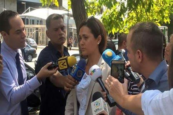 Rosaira Goicochea acudió a la Defensoría del Pueblo |Foto: El Nacional