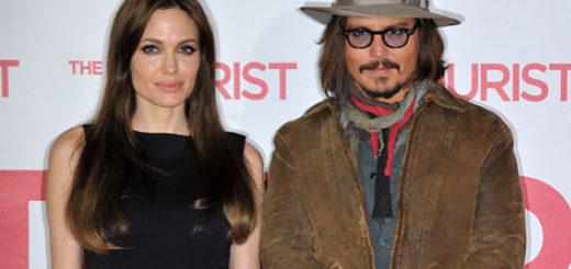 Angelina Jolie busca consuelo en Johnny Depp tras su separación  Foto: Archivo