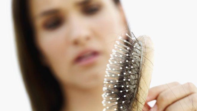 La máscara contra la caída de los cabello yaichnaya