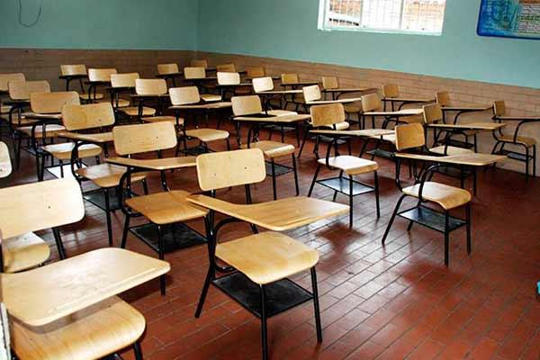 donan_200_pupitres_para_escuelas_rurales