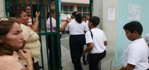 Colegios serán inspeccionados por la Sundde  Foto referencial