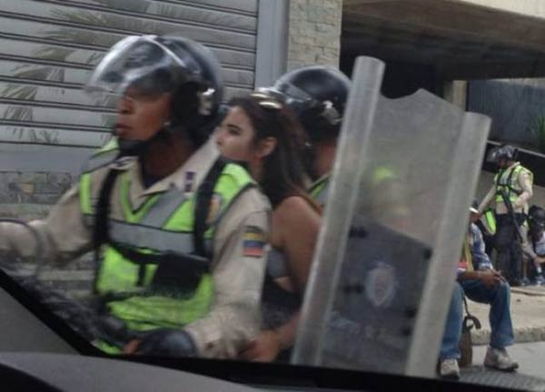 """Plan Bernal"", detuvo a periodistas de la Asamblea Nacional"