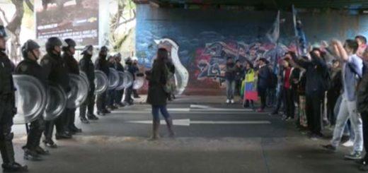 Opositores venezolanos y jóvenes kichneristas | captura de video