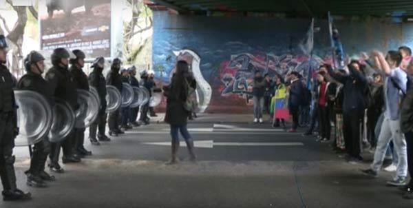 Opositores venezolanos y jóvenes kichneristas   captura de video