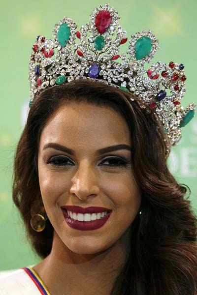 2016-10-06t170401z_1572078479_d1aeuflguzaa_rtrmadp_3_venezuela-beauty