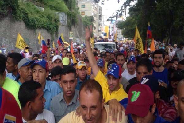 Henrique Capriles se une a la Toma de Venezuela |Foto Twitter