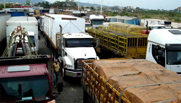 gandoleros-terminal-de-ferry-puerto-la-cruz-prensalternativa