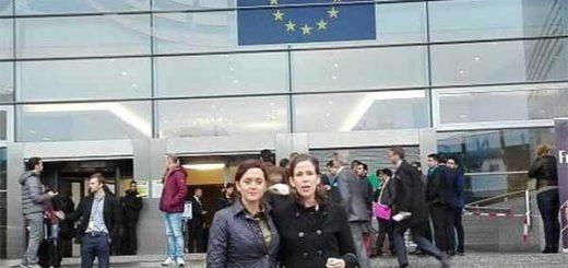Rosaura de Goicoechea y la diputada Manuela Bolívar | Foto: @manuelabolivarr