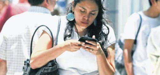 mujertelefono1-520x245