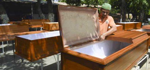 Ataudes de madera | Foto: Diario La Verdad