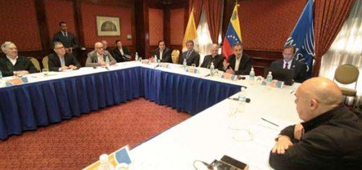 Este domingo la MUD y el Gobierno se reunen para adelantar diálogo | Foto: AFP