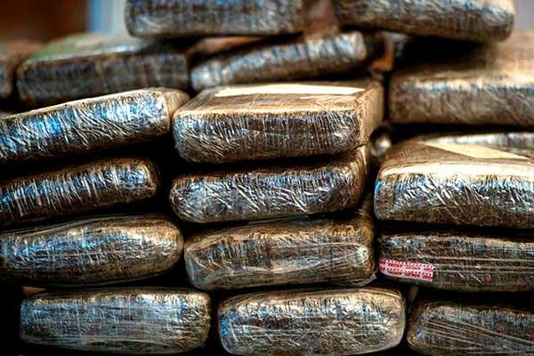 2 Cicpc fueron capturados con 199 panelas de marihuana |Foto referencia