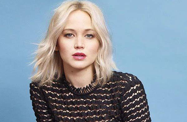 Jennifer Lawrence | Foto: Harper-Bazaar