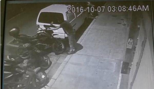 Robo de moto | Foto: captura de video