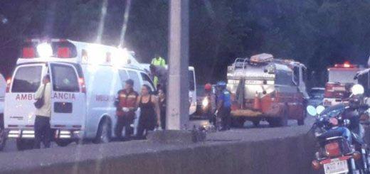 Accidente en la GMA cierra el paso hacia Guarenas  Foto Twitter