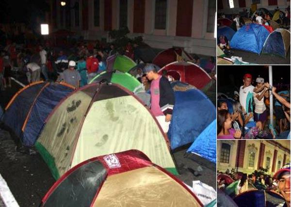 Oficialistas acampan en Miraflores |Foto Twitter