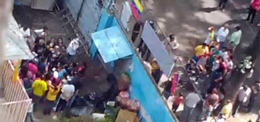 Invaden colegio en El Paraíso | Foto: @Doragate