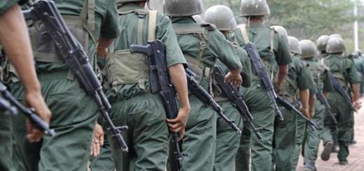 Por mostrar apoyo a Leopoldo López, cambian de cárcel a militares |Foto referencial