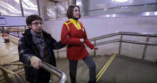 El metro de Moscú se paraliza con el Mannequin Challenge |  Captura de video