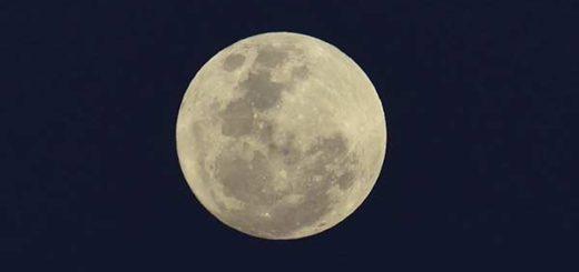 La superluna que logró verse esta madrugada |Foto: EFE