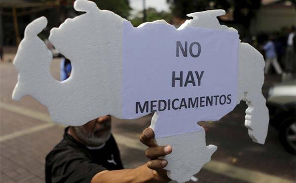 Venezolanos protestan por falta de medicinas | Foto: Agencias