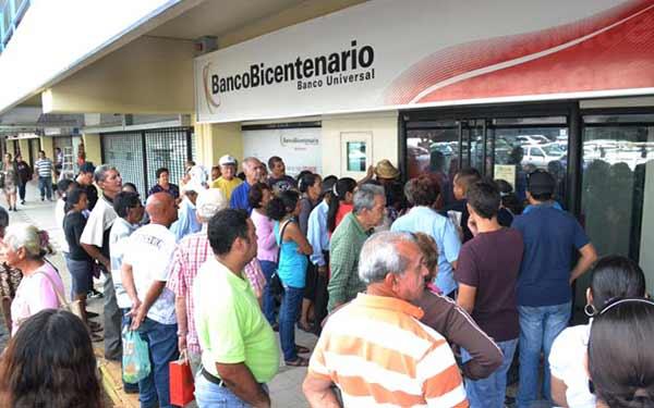Bancos trabajarán lunes, martes y miércoles de Semana Santa | Foto referencial
