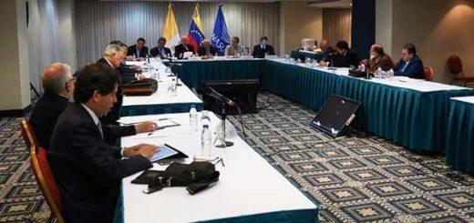 Mesa de diálogo entre el Gobierno y la oposición | Foto: AVN