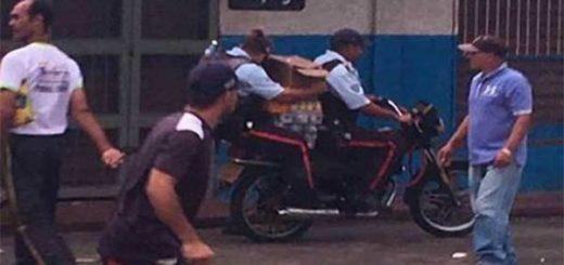 Continúan los saqueos en Bolívar |Foto Twitter