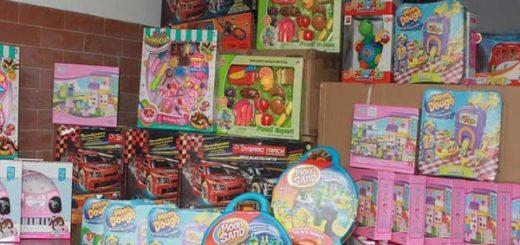 Gobierno entrega juguetes en un sector de Caracas |Foto: AVN
