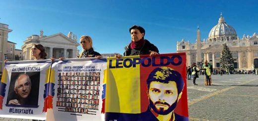 Mitzy Capriles de Ledezma, Lilian Tintori y Antonieta Mendoza de López |Foto Twitter