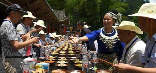 Tradicional banquete de la minoría Dong | Foto referencial