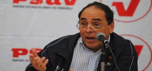 Héctor Navarro, ex ministro de educación |Foto archivo