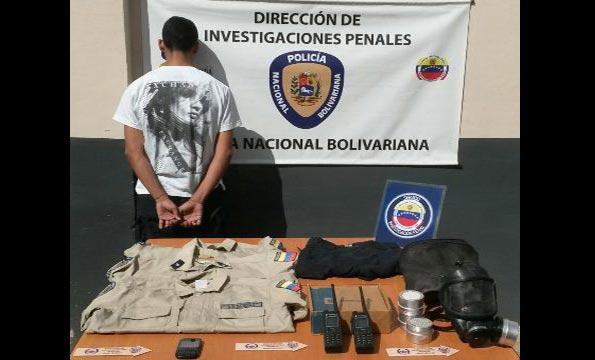 detenido por vender equipos policiales por internet | Foto: Darvinson Rojas