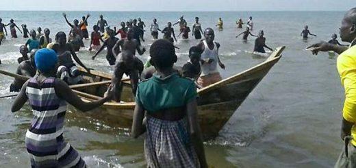 Bote naufragia en Uganda | Foto referencial