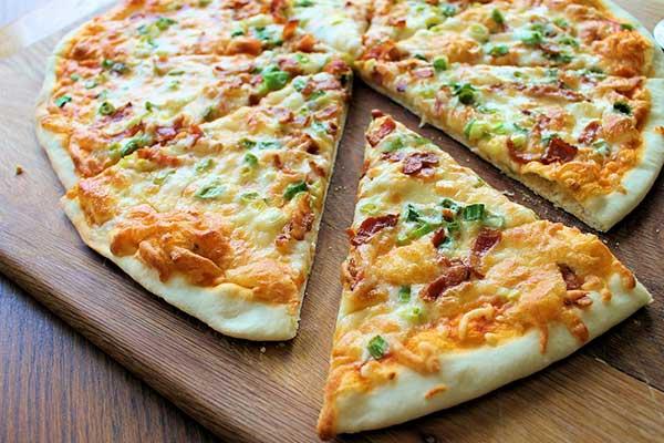 Cómo hacer masa de pizza con plátano | Foto referencial