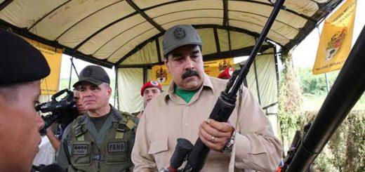 Nicolás Maduro aprueba dinero para la compra de fusiles | Foto: AFP