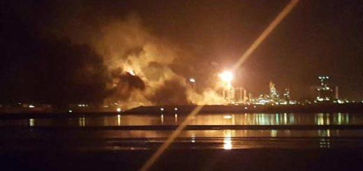 Controlaron incendio en refinería Amuay de Falcón | Foto: Twitter