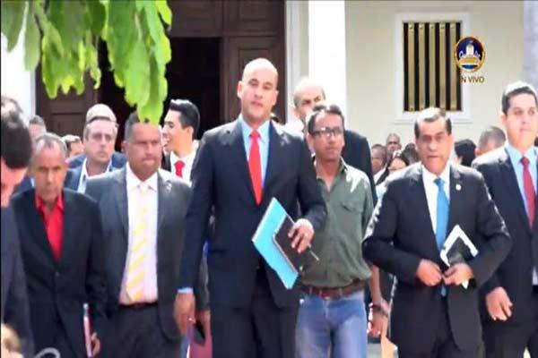 Bancada oficialista se retiró antes de concluir la sesión en la AN|Captura de video