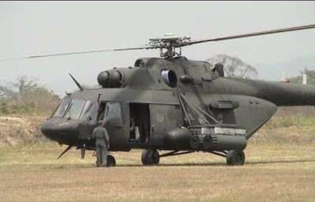 Helicóptero militar desaparecido