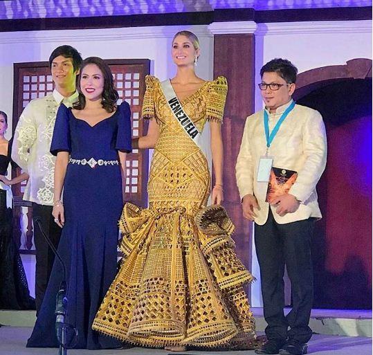Mariam Habach participó en un desfile, parte del Miss Universo, este fue el vestido que vistió