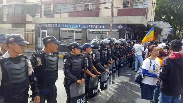 GNB eliminó tomas de periodistas de la exigencia de elecciones en Lara | Foto: @AvanzadaPLara