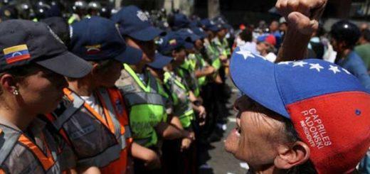 Un gran operativo de seguridad en Caracas impidió que los manifestantes se acercaran a las sedes del Consejo Nacional Electoral | Foto: Reuters