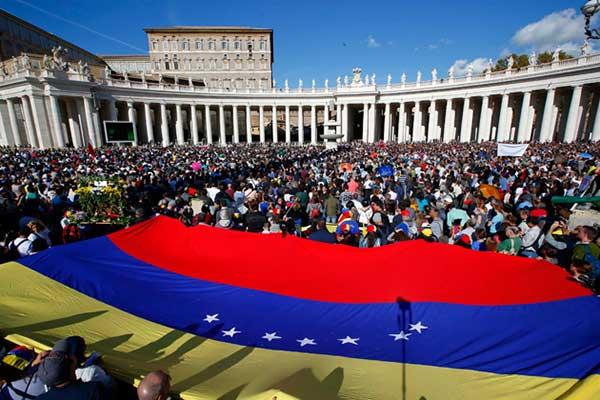 El Vaticano apoya la llamada de la Iglesia a rebelarse en Venezuela | Foto referencial