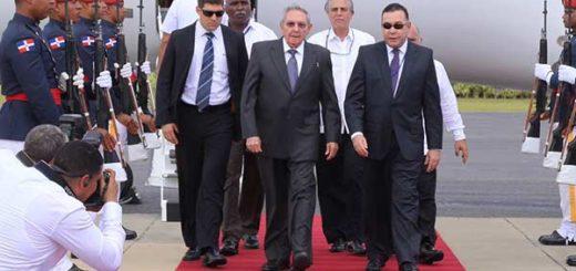 Raúl Castro en su llegada a República Dominicana | @PresidenciaRD