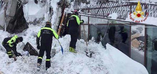 Hotel sepultado por la avalancha en Italia | Foto: AFP