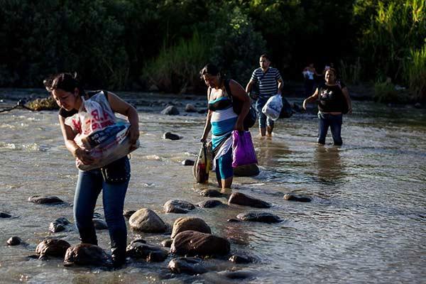 Colombianos que regresaron de Venezuela: Forasteros en tierra propia | Foto: EFE