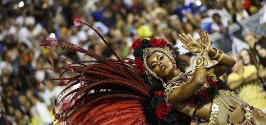 El Carnaval en Sao Paulo continúa impresionando al público |Foto: EFE