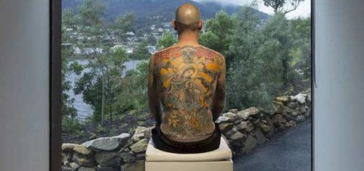 Steiner vendió su espalda a un coleccionista de arte  Foto: Mona